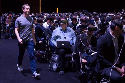 mark-zuckerberg-samsung-gear-vr-1